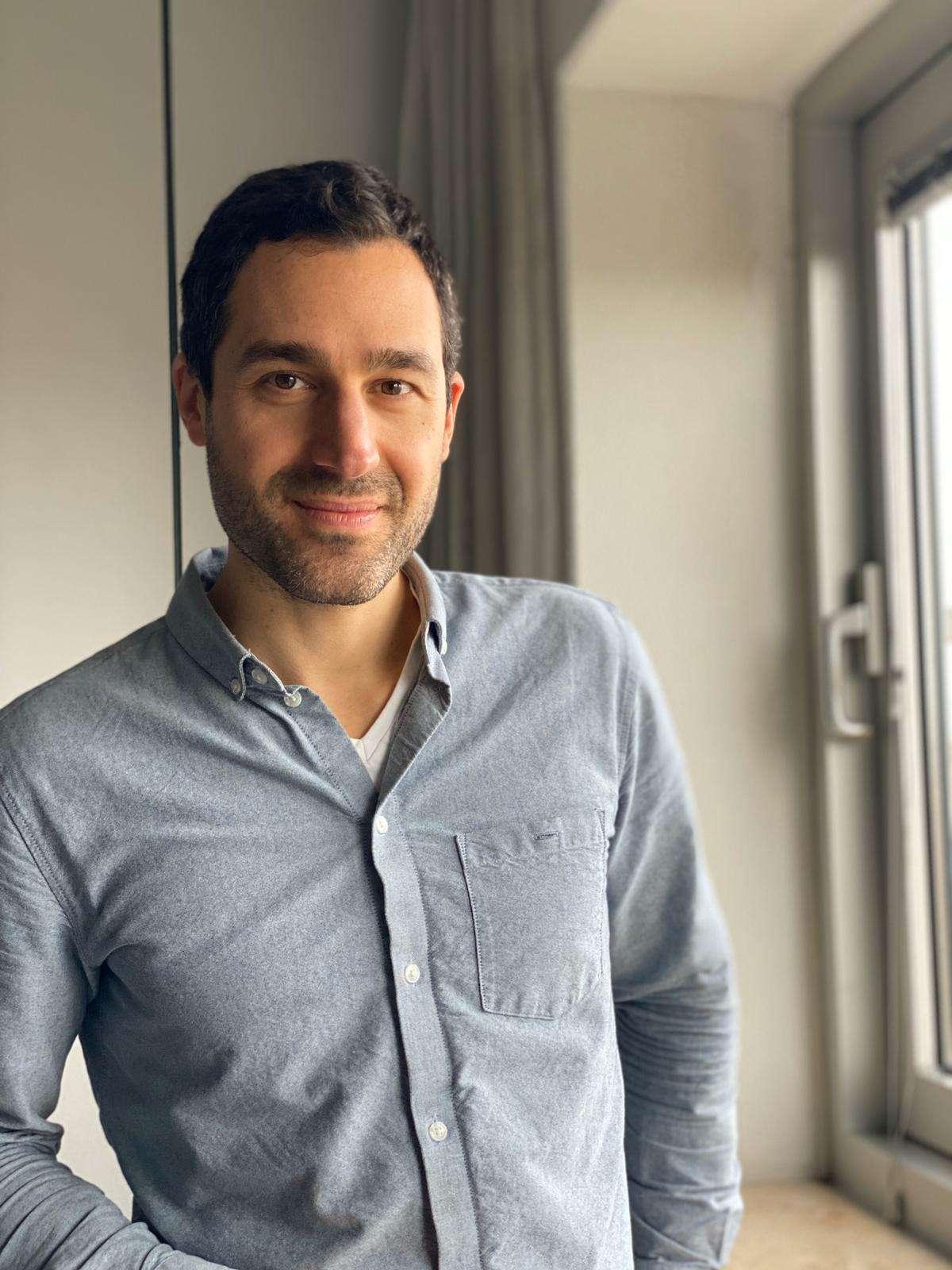 Anthony Abato - Ejil Author